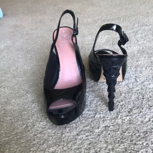 Vince Camuto Black studded strap he heals size 11